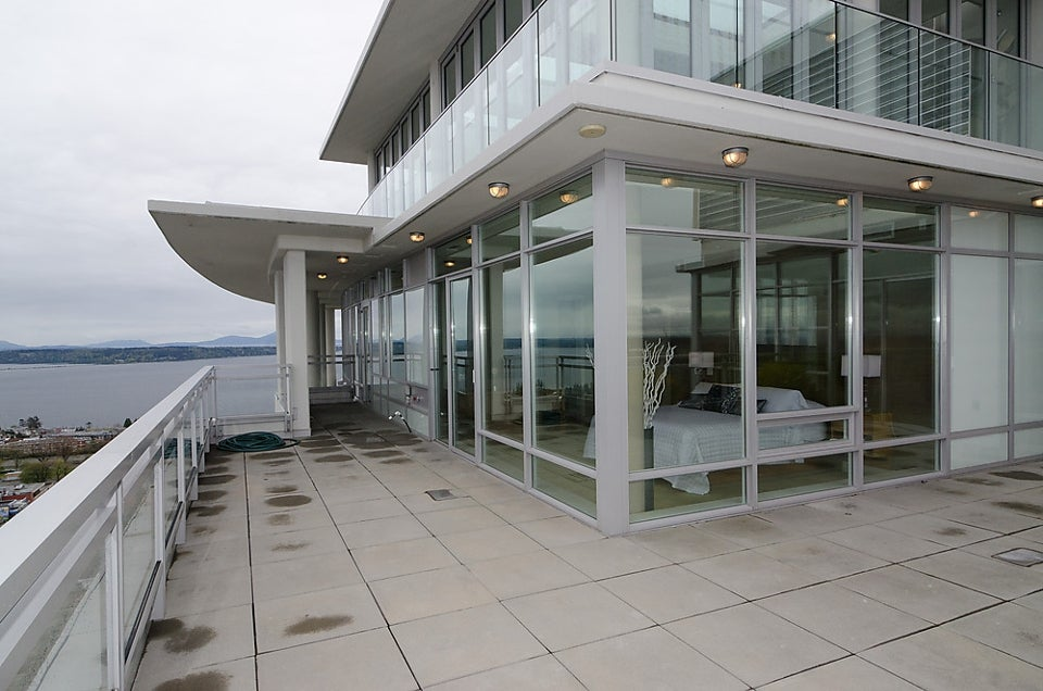# Ph1 15152 Russell Av - White Rock Apartment/Condo for sale, 2 Bedrooms (F1226761) #15
