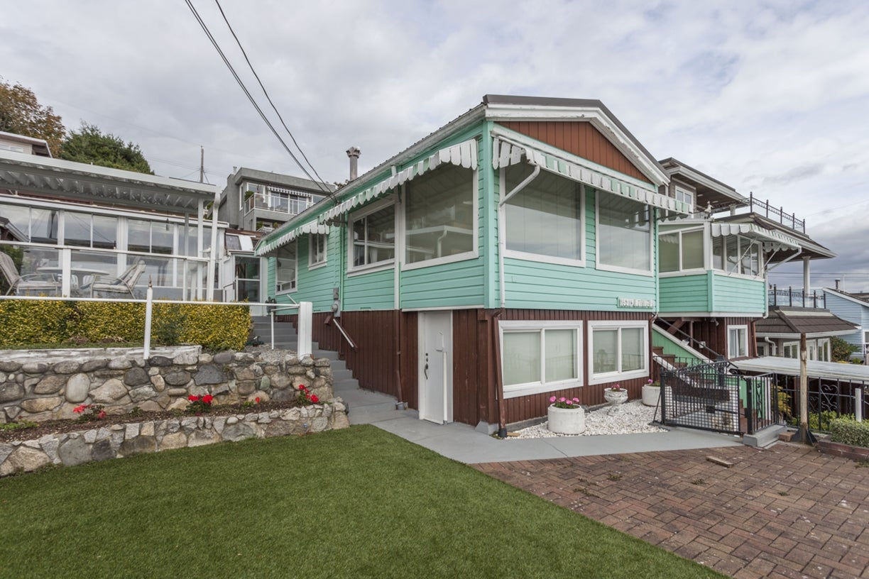 15319 MARINE DRIVE - White Rock House/Single Family for sale, 2 Bedrooms (R2001565) #5