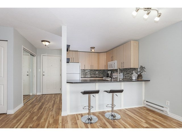 # 204 1369 GEORGE ST - White Rock Apartment/Condo for sale, 2 Bedrooms (F1446503) #4