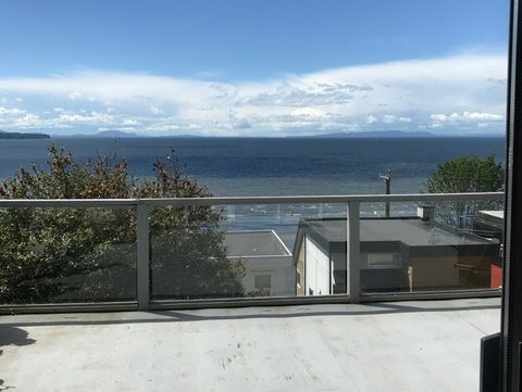 15298 VICTORIA AVENUE - White Rock House/Single Family for sale, 2 Bedrooms (R2166229) #1