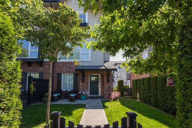 154 2450 161A STREET - Grandview Surrey Townhouse for sale, 3 Bedrooms (R2189026) #1